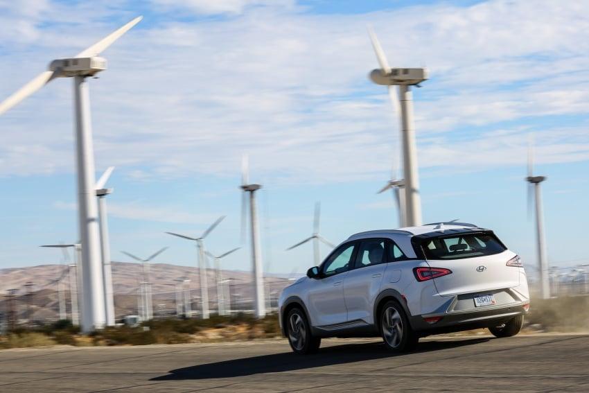 Hyundai Nexo – hydrogen fuel cell EV debuts at CES Image #758233