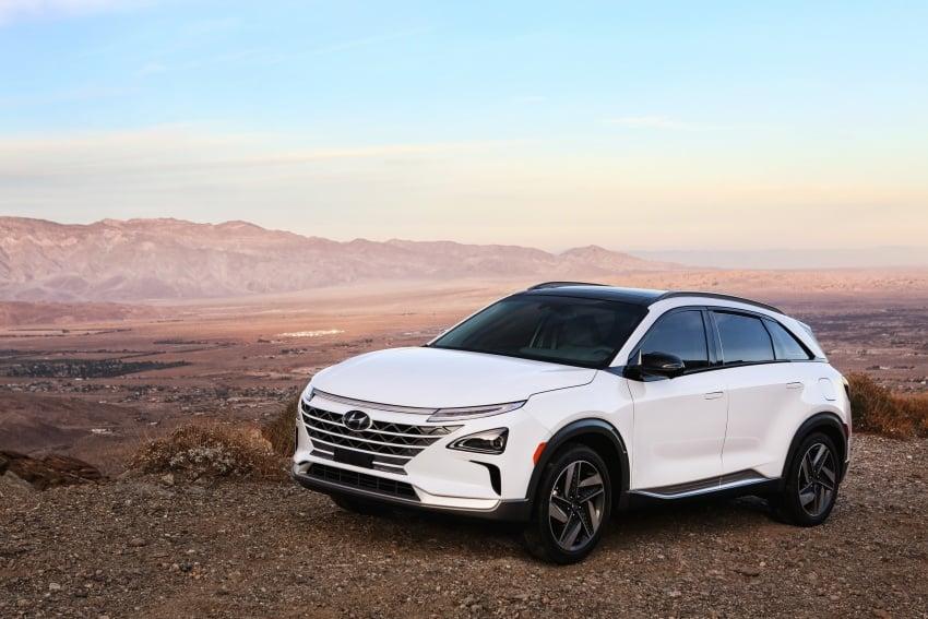 Hyundai Nexo – hydrogen fuel cell EV debuts at CES Image #758254