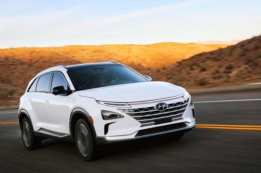 Hyundai Nexo – hydrogen fuel cell EV debuts at CES Image #758271
