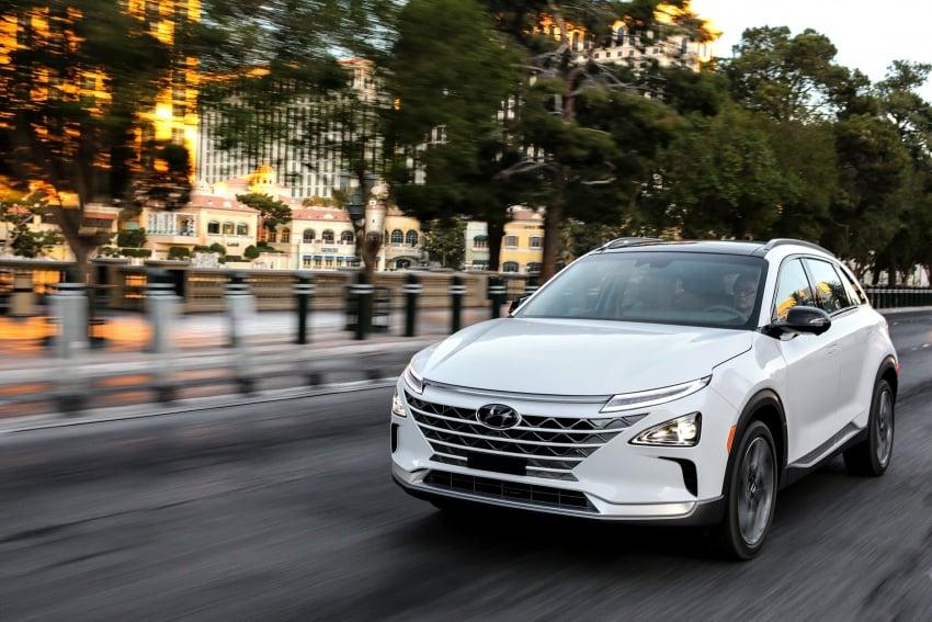 Hyundai Nexo – hydrogen fuel cell EV debuts at CES Image #758276