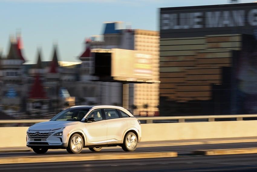 Hyundai Nexo – hydrogen fuel cell EV debuts at CES Image #758280