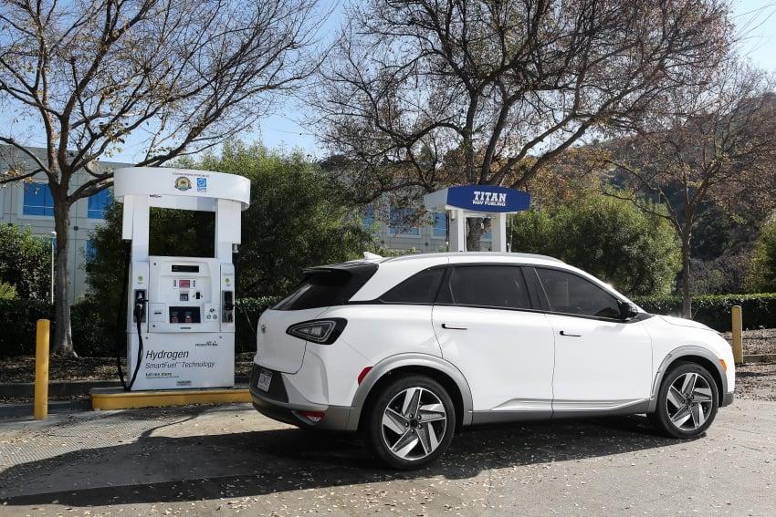 Hyundai Nexo – hydrogen fuel cell EV debuts at CES Image #758283