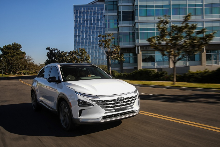 Hyundai Nexo – hydrogen fuel cell EV debuts at CES Image #758287