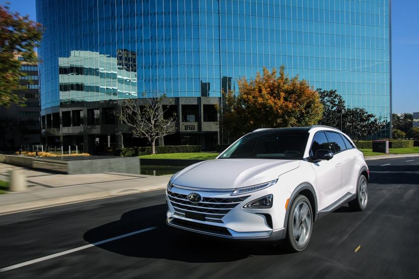 Hyundai Nexo – hydrogen fuel cell EV debuts at CES Image #758288