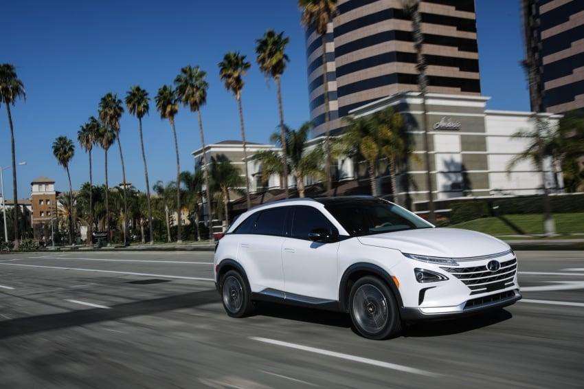 Hyundai Nexo – hydrogen fuel cell EV debuts at CES Image #758290