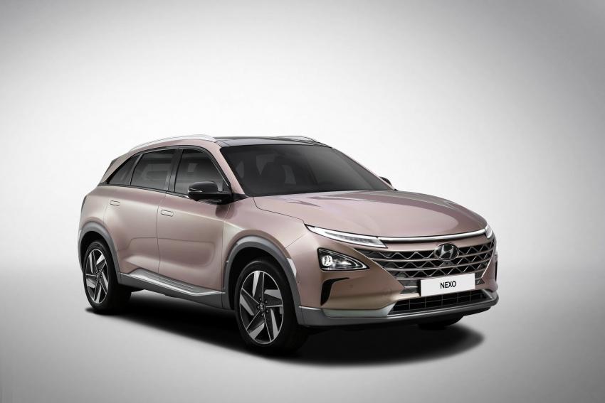 Hyundai Nexo – hydrogen fuel cell EV debuts at CES Image #758291