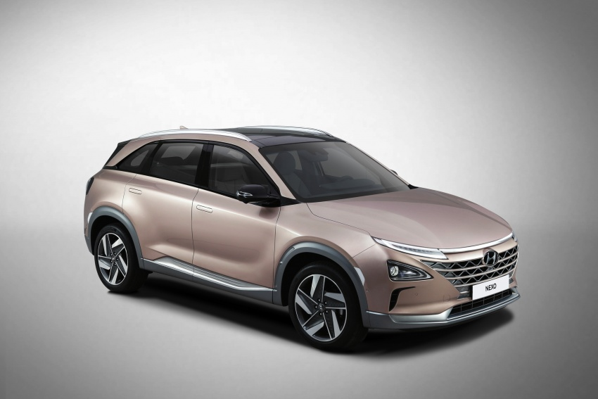Hyundai Nexo – hydrogen fuel cell EV debuts at CES Image #758293