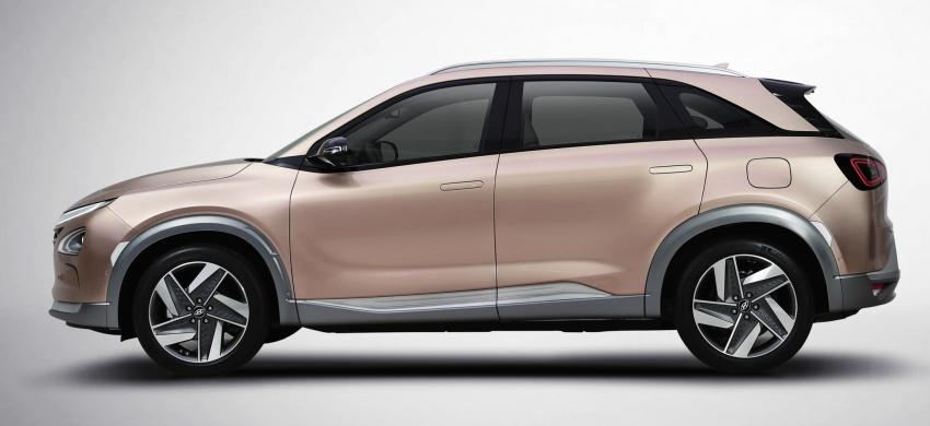 Hyundai Nexo – hydrogen fuel cell EV debuts at CES Image #758295
