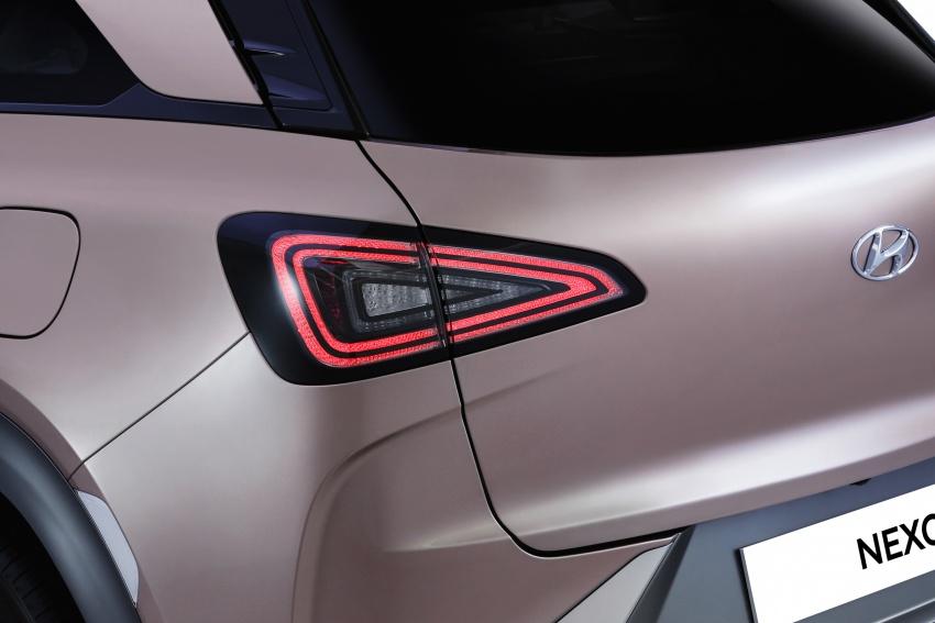 Hyundai Nexo – hydrogen fuel cell EV debuts at CES Image #758300