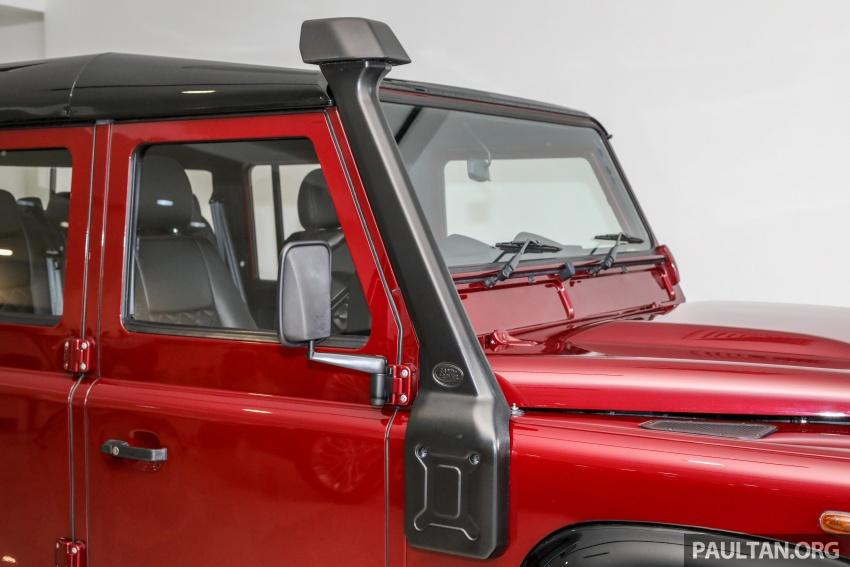 Land Rover Defender – final commemorative edition of 12 units introduced in Malaysia, three special colours Image #767841