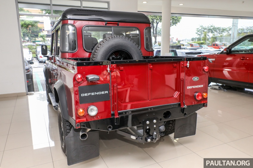Land Rover Defender – final commemorative edition of 12 units introduced in Malaysia, three special colours Image #767828