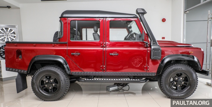 Land Rover Defender – final commemorative edition of 12 units introduced in Malaysia, three special colours Image #767829