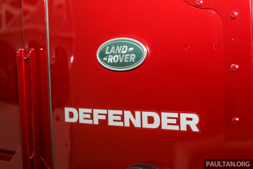 Land Rover Defender – final commemorative edition of 12 units introduced in Malaysia, three special colours Image #767866
