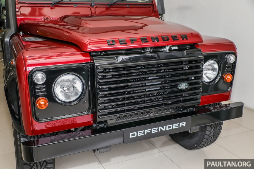 Land Rover Defender – final commemorative edition of 12 units introduced in Malaysia, three special colours Image #767832