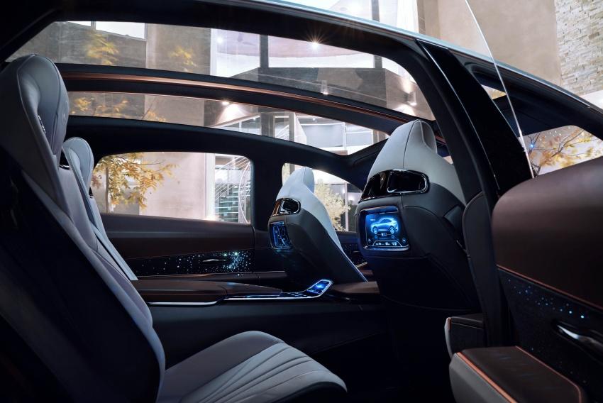 Lexus LF-1 Limitless concept unveiled at Detroit show Image #763367