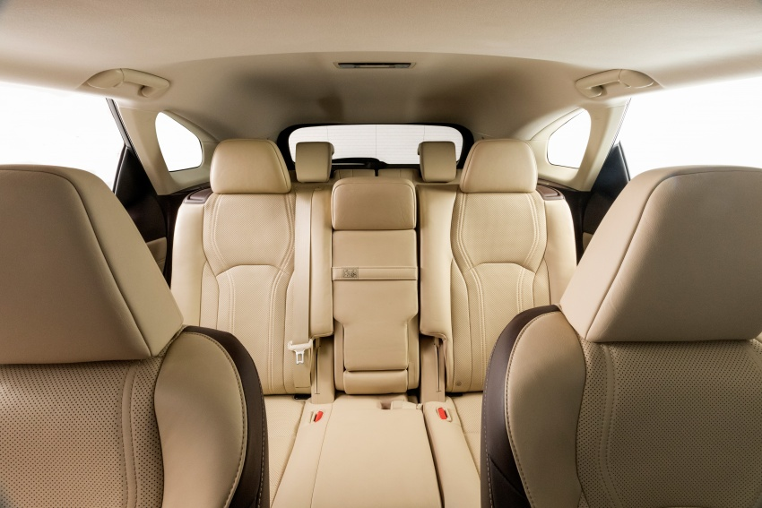Lexus RX 350L tujuh-tempat duduk, NX 300 facelift kini dibuka tempahan di Malaysia – SUV dari RM312k Image #762447