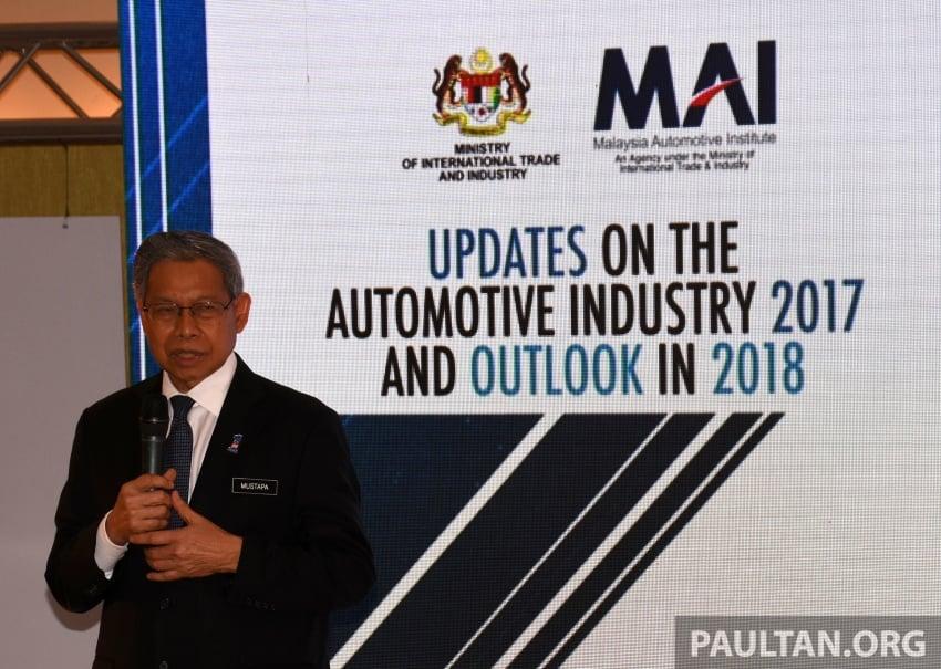 Industri Automotif Malaysia meningkat pada 2017, dipandu Dasar Automotif Negara – Mustapa Mohamed Image #766558