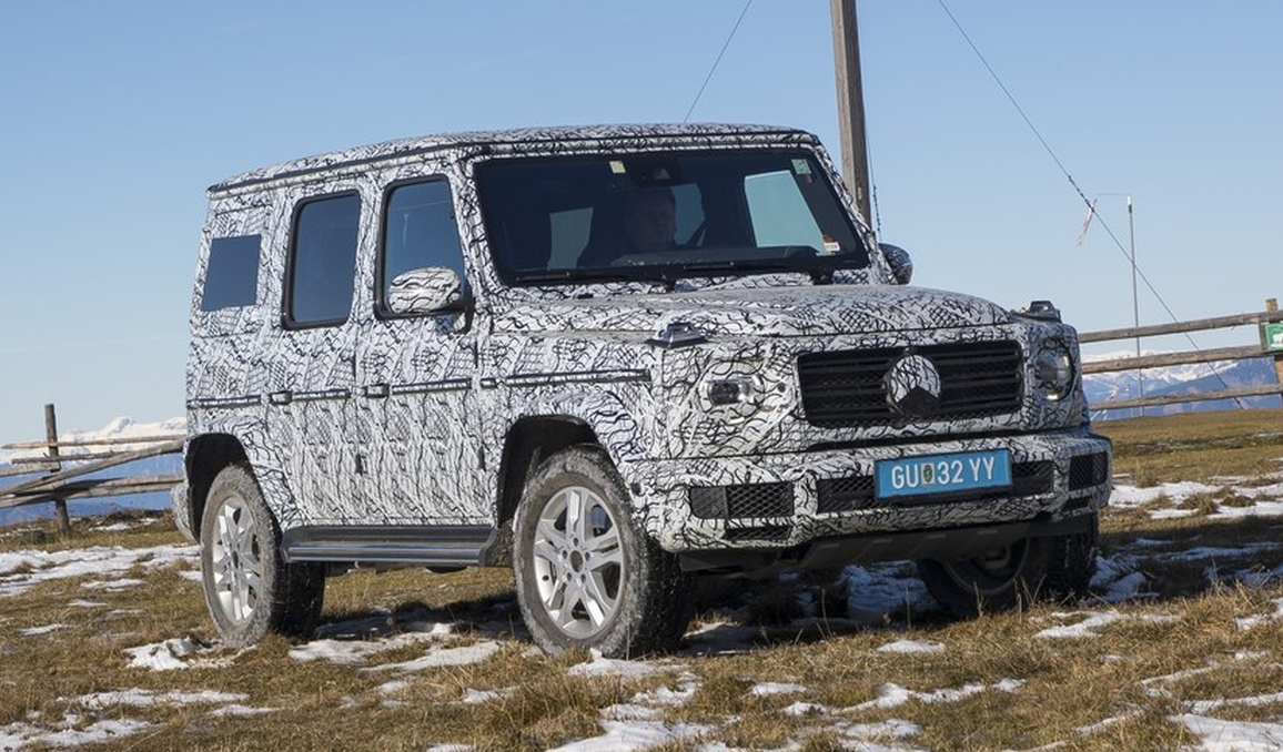 Mercedes benz g class new off road tech revealed image for Mercedes benz techs
