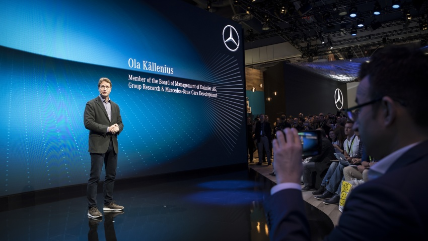 Mercedes-Benz User Experience detailed, previewed Image #767486