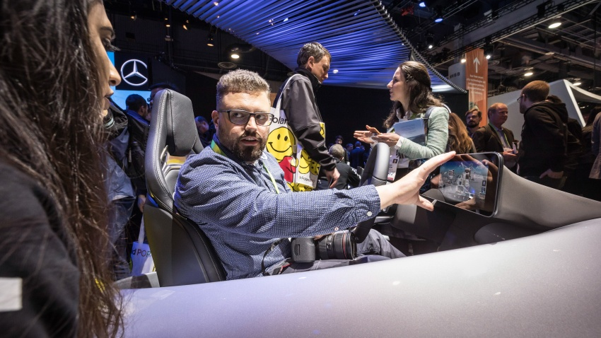 Mercedes-Benz User Experience detailed, previewed Image #767671