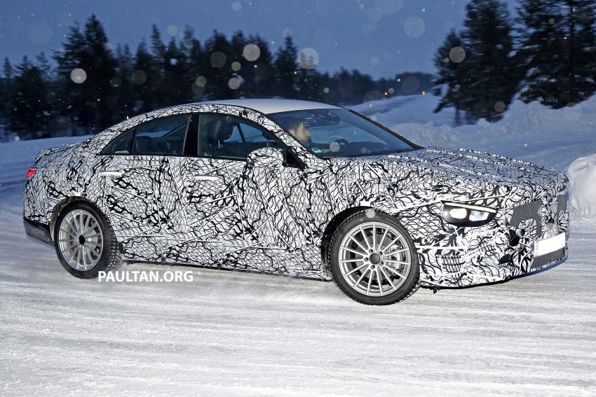 SPYSHOTS: Next-gen Mercedes-Benz CLA sighted Image #766393