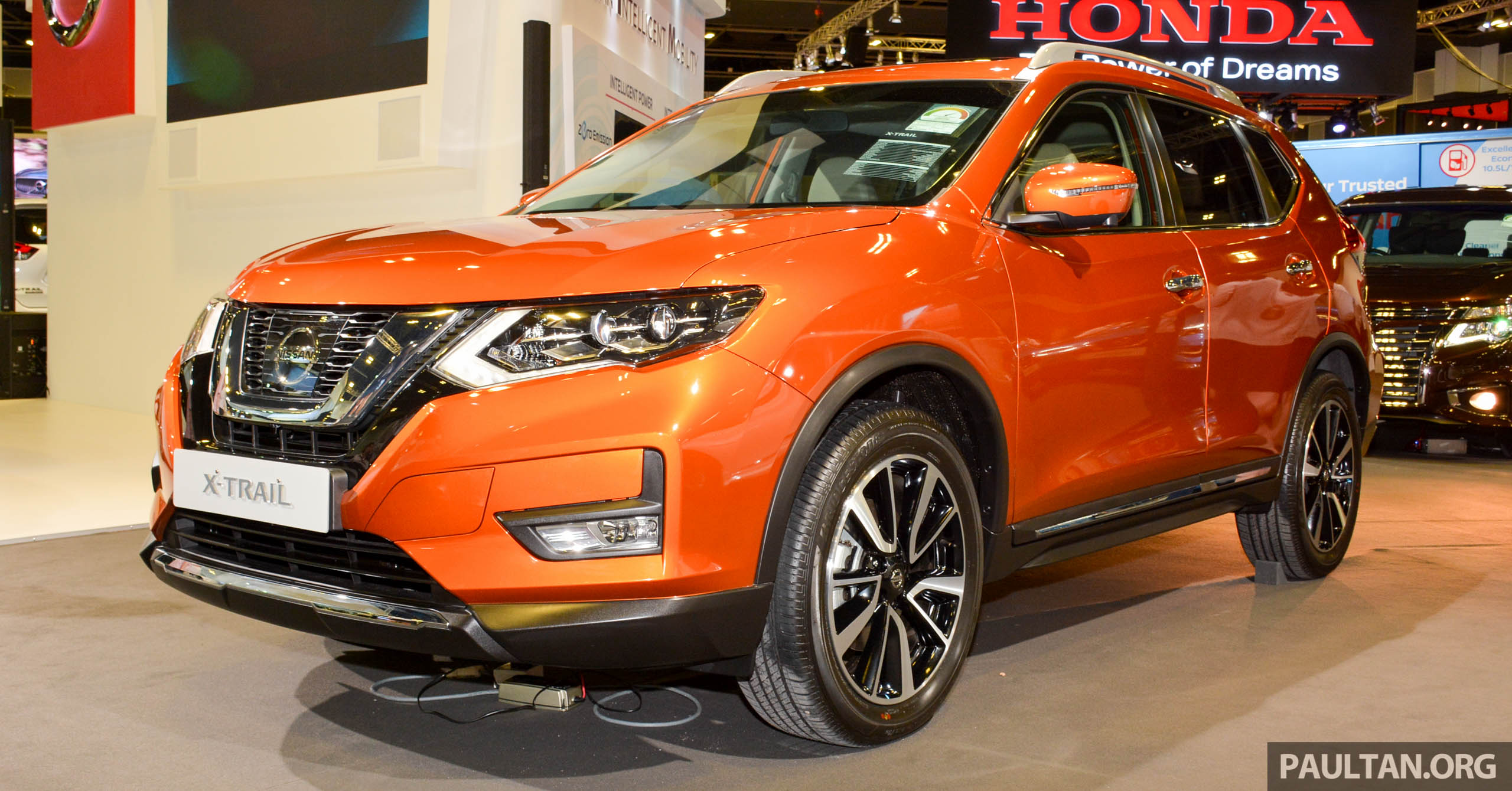 GALLERY: Nissan X-Trail and Qashqai facelifts in SG Paul ...