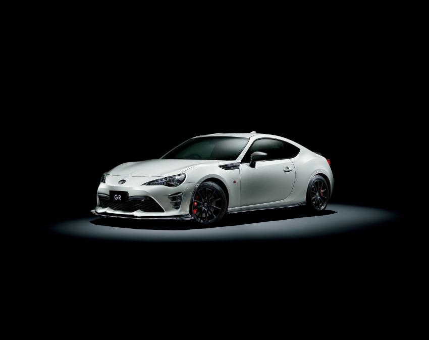 Toyota Yaris GRMN, 86 GR, Prius c GR Sport dan Prius v GR Sport – model lebih sporty dilancarkan di Jepun Image #770566