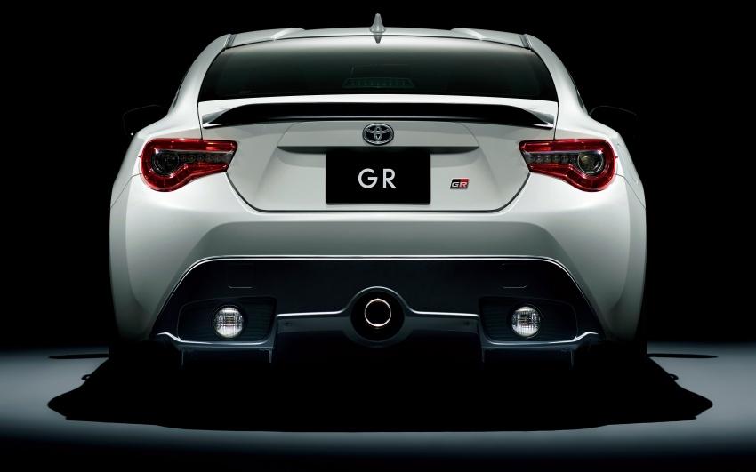 Toyota Yaris GRMN, 86 GR, Prius c GR Sport dan Prius v GR Sport – model lebih sporty dilancarkan di Jepun Image #770568