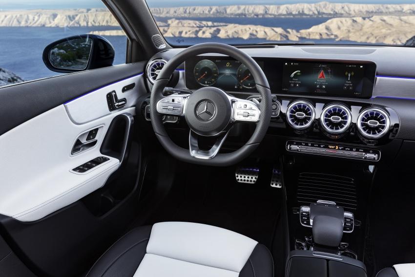2018 Mercedes-Benz A-Class unveiled, Geneva debut Image #774410