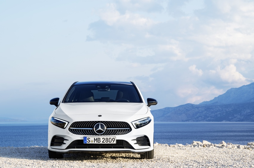 2018 Mercedes-Benz A-Class unveiled, Geneva debut Image #774420