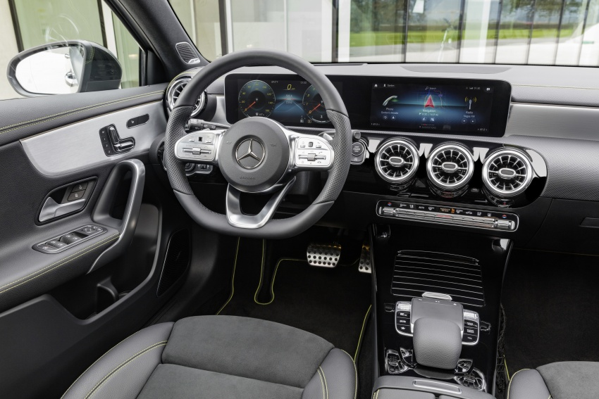 2018 Mercedes-Benz A-Class unveiled, Geneva debut Image #774435