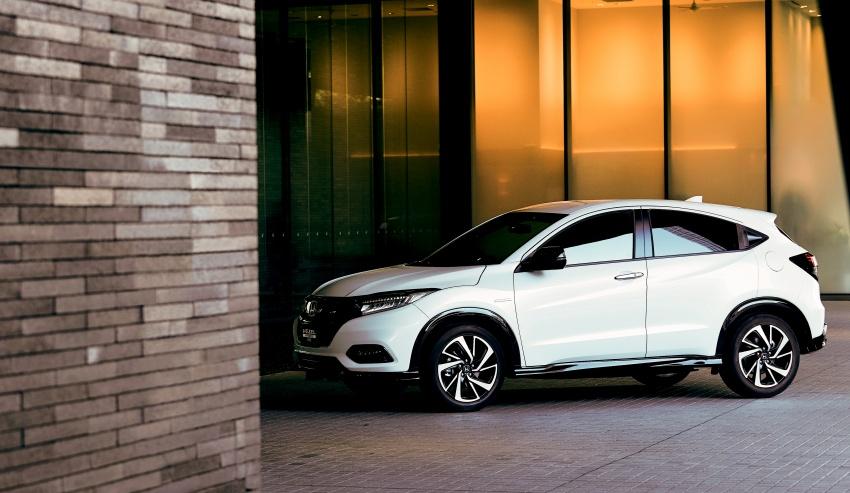 Honda HR-V facelift 2018 muncul di Jepun – Honda Sensing standard untuk semua varian, RM76k-RM103k Image #779952