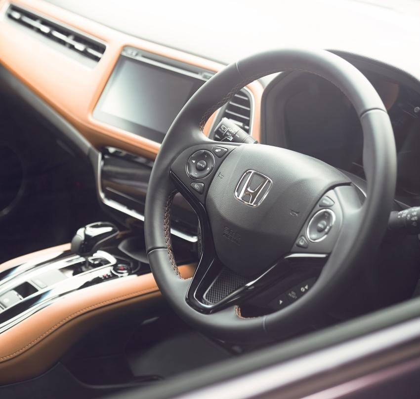Honda HR-V facelift 2018 muncul di Jepun – Honda Sensing standard untuk semua varian, RM76k-RM103k Image #780015
