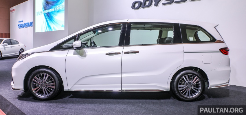 2018 Honda Odyssey facelift launched in Malaysia – now with Honda Sensing; priced at RM254,800 Image #776056