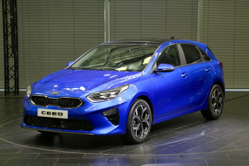 Kia Ceed revealed ahead of Geneva Motor Show – third-gen model gets new styling, name, more tech Image #779563