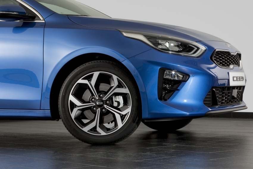 Kia Ceed revealed ahead of Geneva Motor Show – third-gen model gets new styling, name, more tech Image #779682