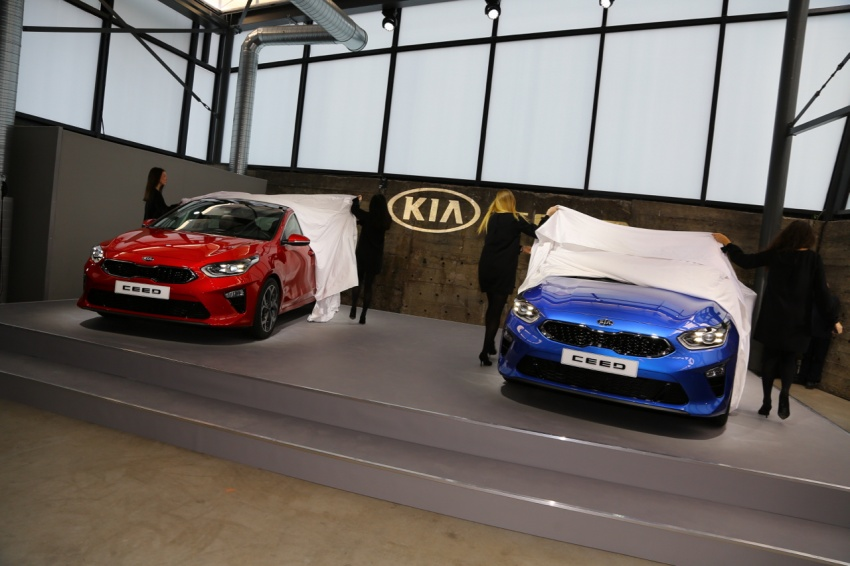 Kia Ceed revealed ahead of Geneva Motor Show – third-gen model gets new styling, name, more tech Image #779684