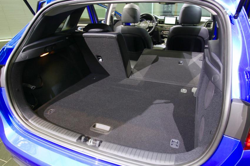Kia Ceed didedah menjelang Geneva Motor Show – terima gaya, nama baharu dan lebih banyak teknologi Image #780132
