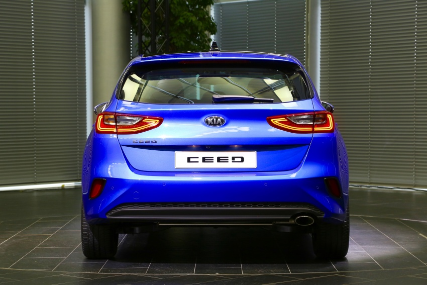 Kia Ceed revealed ahead of Geneva Motor Show – third-gen model gets new styling, name, more tech Image #779580