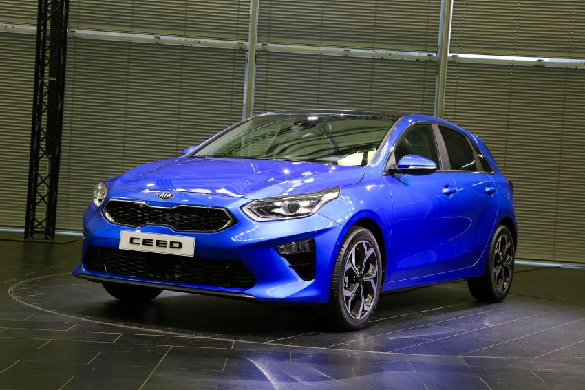 Kia Ceed revealed ahead of Geneva Motor Show – third-gen model gets new styling, name, more tech Image #779565