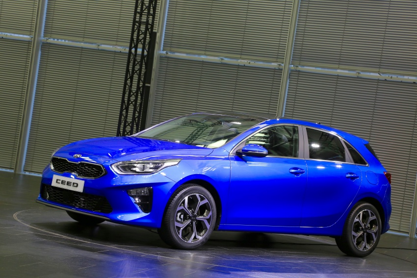 Kia Ceed revealed ahead of Geneva Motor Show – third-gen model gets new styling, name, more tech Image #779568