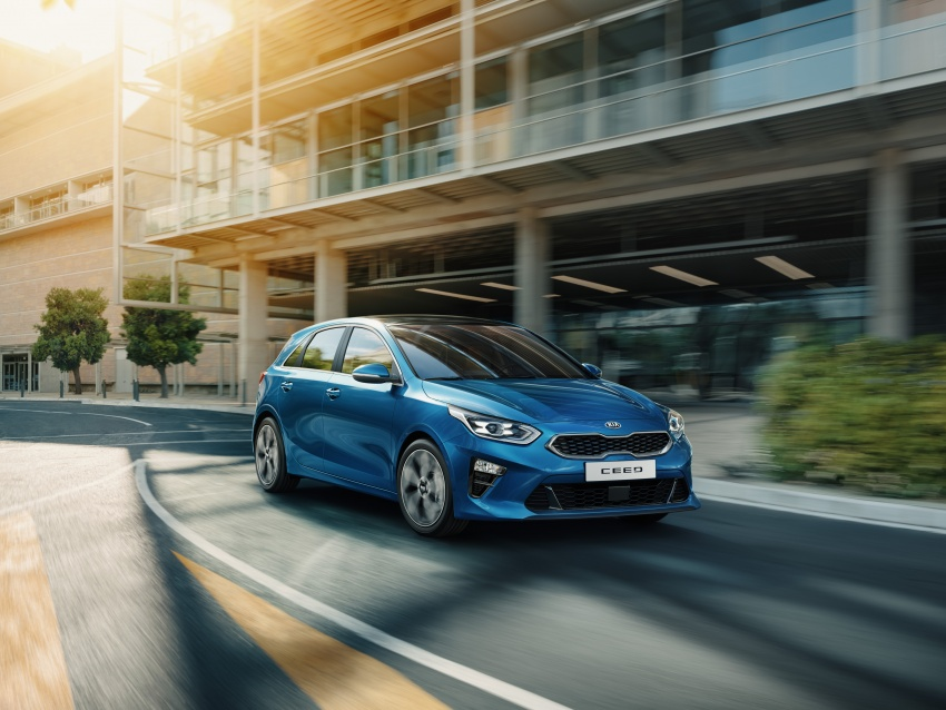 Kia Ceed revealed ahead of Geneva Motor Show – third-gen model gets new styling, name, more tech Image #779663