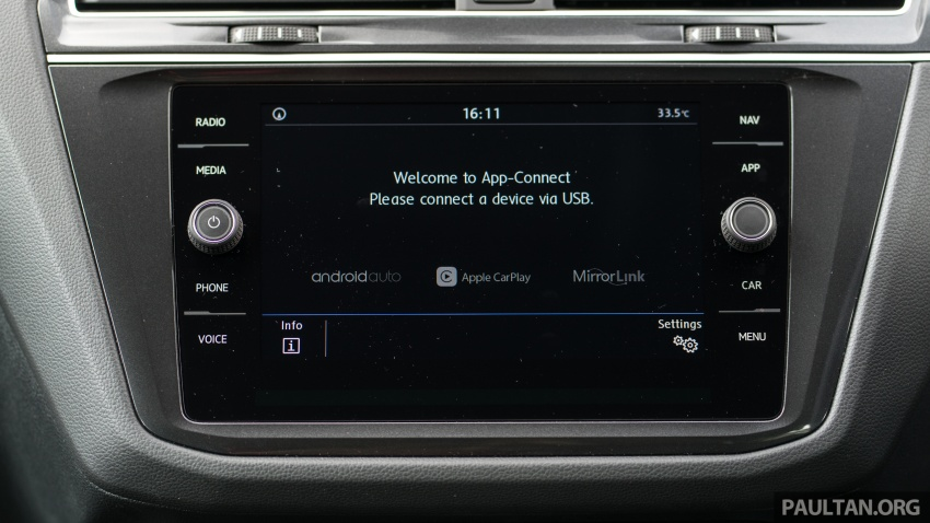 Volkswagen Tiguan Comfortline, Tiguan Highline dan Passat Highline terima unit utama baharu; harga kekal Image #783520