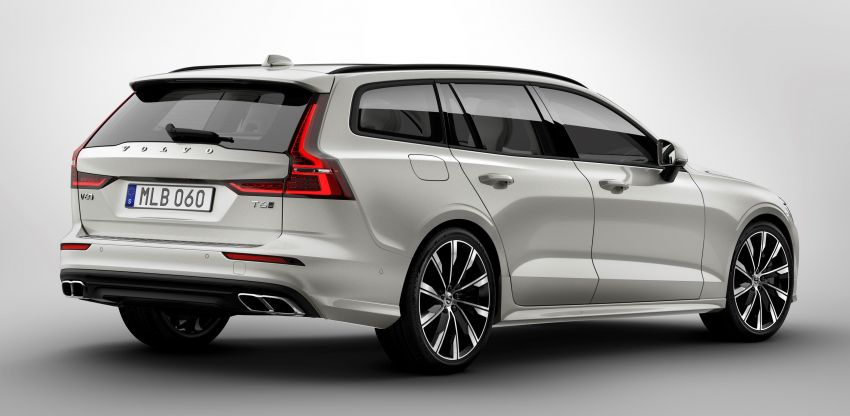 2018 Volvo V60 unveiled – new T6 Twin Engine PHEV Image #781351