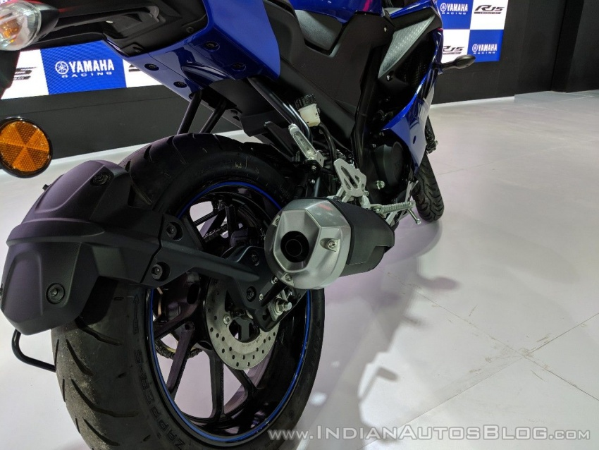 2018 Yamaha YZF-R15 launched in India – RM7,620 Image #776995