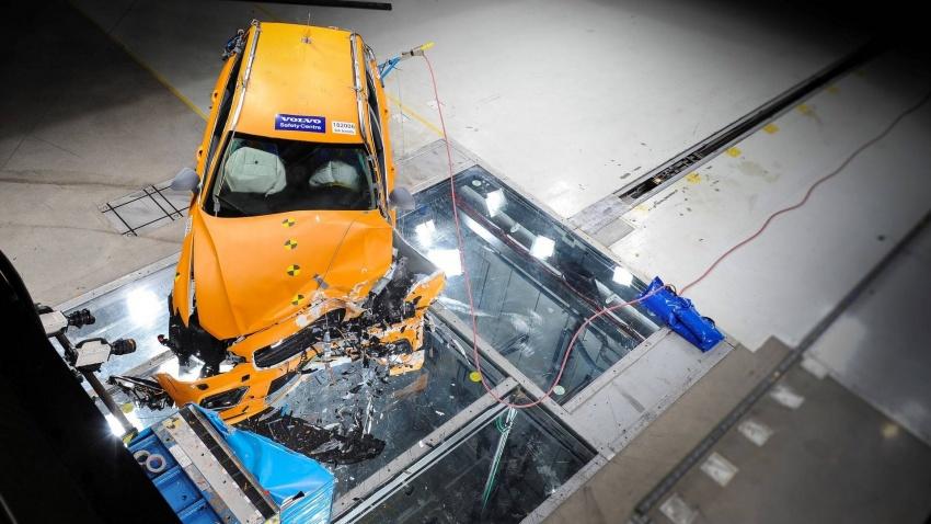 Volvo V60 generasi baharu didedahkan secara rasmi – turut tampil pilihan hibrid <em>plug-in</em> T6 Twin Engine Image #781463