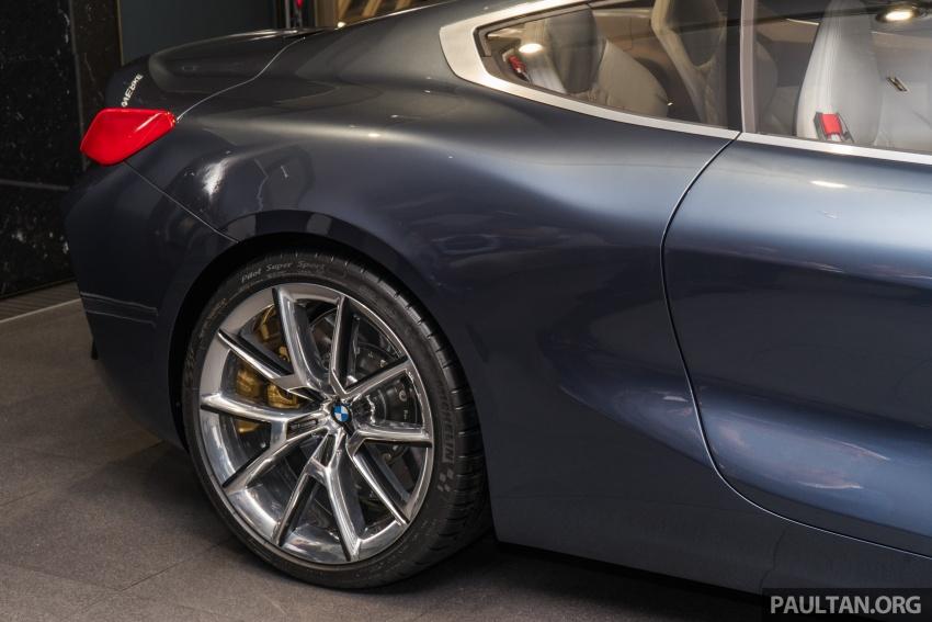 BMW 8 Series Concept buat penampilan di M'sia – dipamerkan di BMW Luxury Excellence Pavilion KL Image #782548