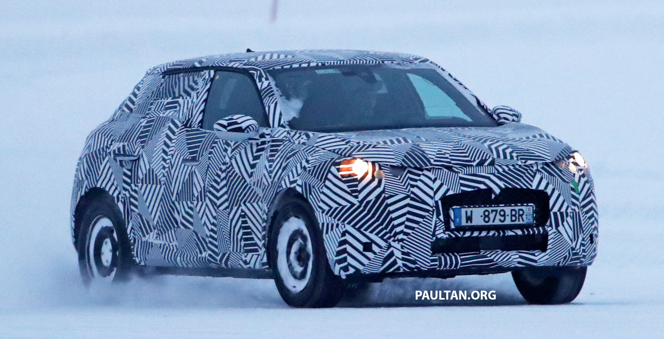 spyshots ds 3 crossback running winter trials. Black Bedroom Furniture Sets. Home Design Ideas