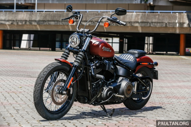 2018 harley davidson street bob first ride in malaysia. Black Bedroom Furniture Sets. Home Design Ideas