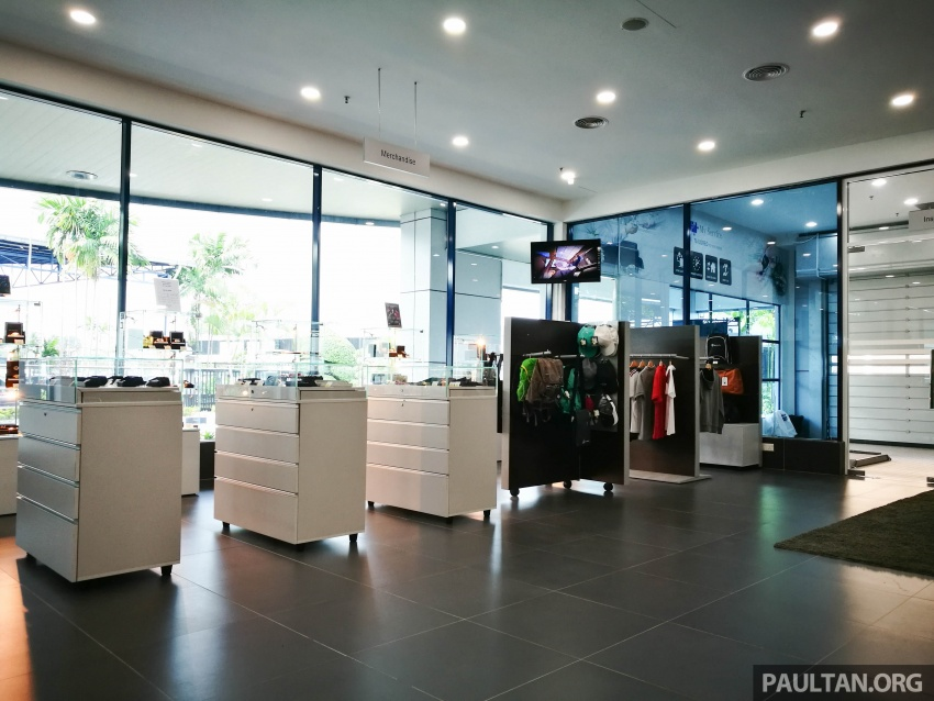 Mercedes-Benz Malaysia launches NZ Wheels Klang Autohaus 3S centre – 320,000 sq ft, RM6m upgrade Image #783526
